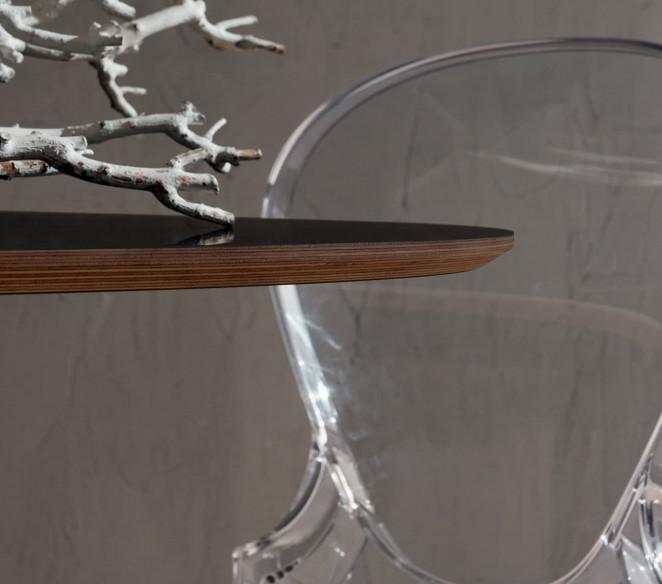 Particolare tavolo Ruud piano in Fenix