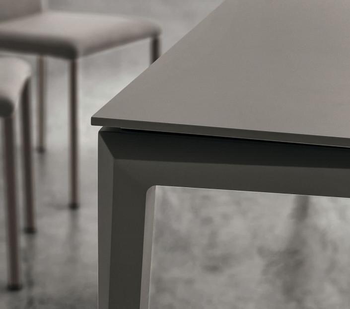 Tavolo Classico Allungabile 4 Metri.Tavolo Da Pranzo Allungabile Oltre 3 Metri Bill Mit Design Store