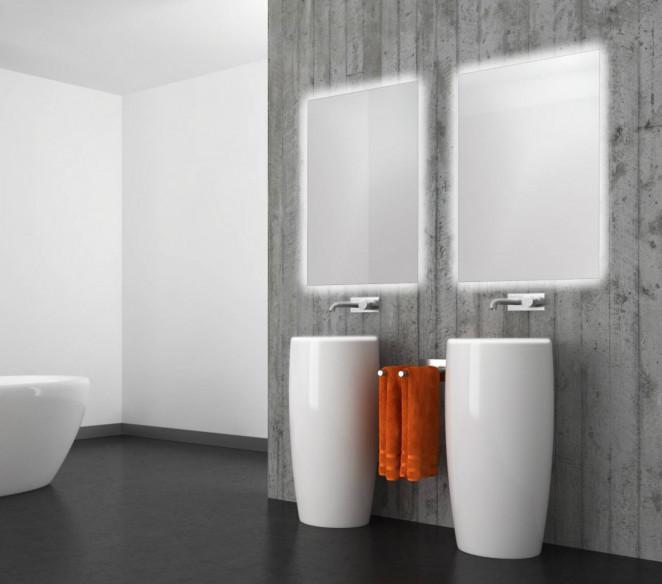 Specchio bagno su misura retroilluminato perimetralmente e vetro sporgente Flora MIT Design Store