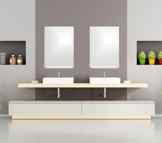 Specchio-bagno-su-misura-con-luce-a-led-inferiore-Marta-MIT-Design-Store