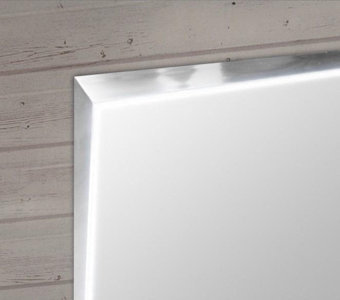Dettaglio illuminato specchio Stella