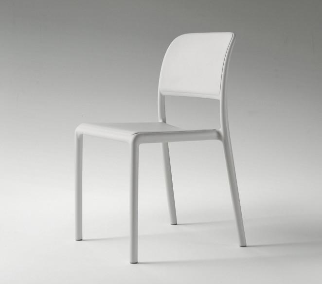 Sedie impilabili in tecnopolimero La Primavera Riva - MIT Design Store